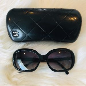 Additional pictures of my Chanel sunglasses